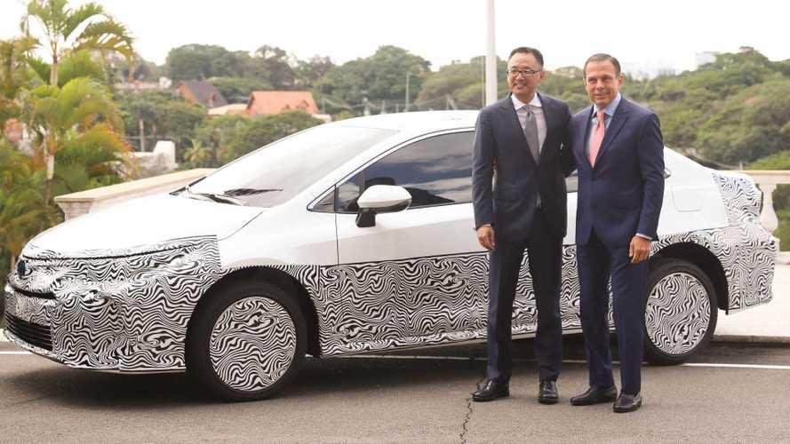 Toyota confirma Novo Corolla nacional para outubro com duas motorizações
