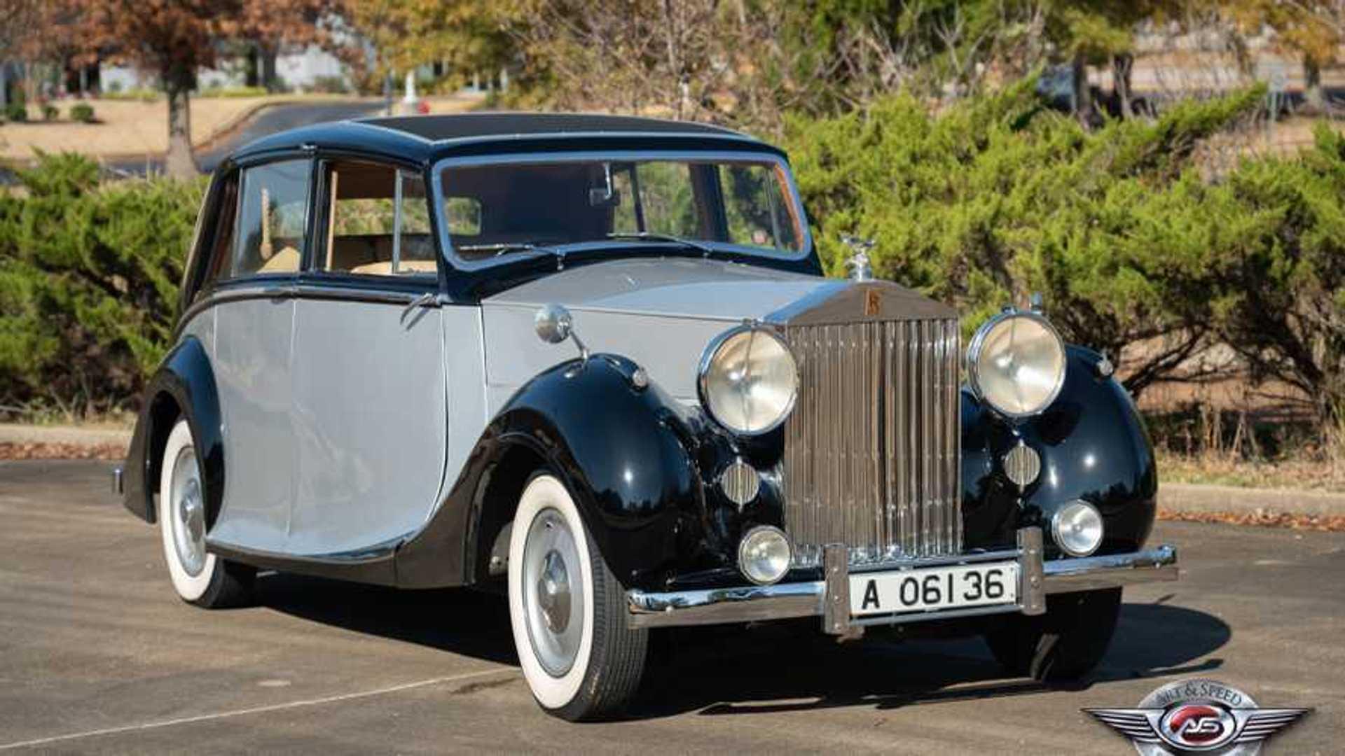 "[""1947 Rolls-Royce Silver Wraith""]"