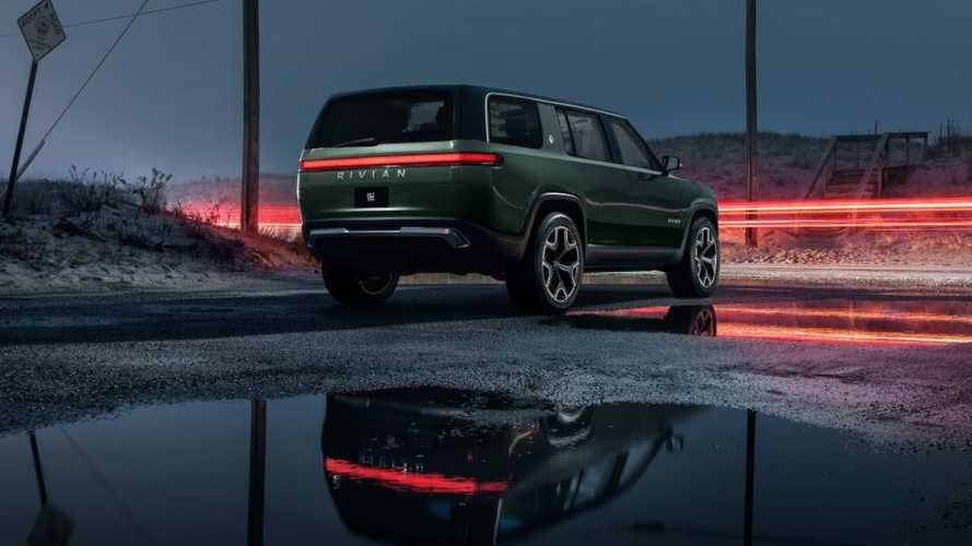 Rivian R1S Electric SUV's Removable Roof Opens Up New Possibilities