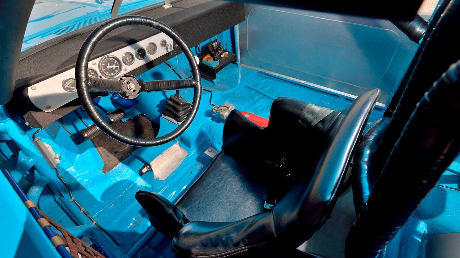 "[""Richard Petty's Race-Winning 1970 Superbird Didn't Sell For $3.5M""]"