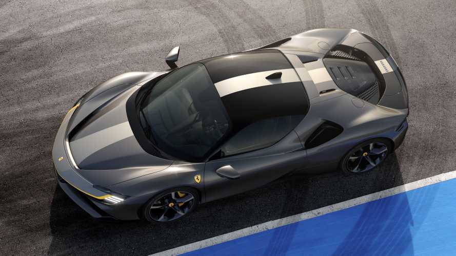 Ferrari SF90 Stradale hyper hybrid revealed with 986 bhp
