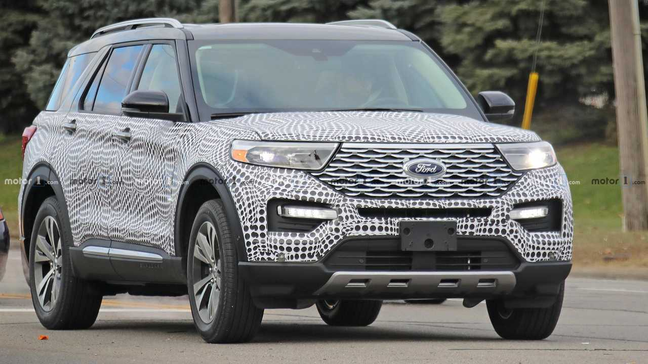 Ford Explorer Platinum Spy Shots Show Future Of Family Hauling