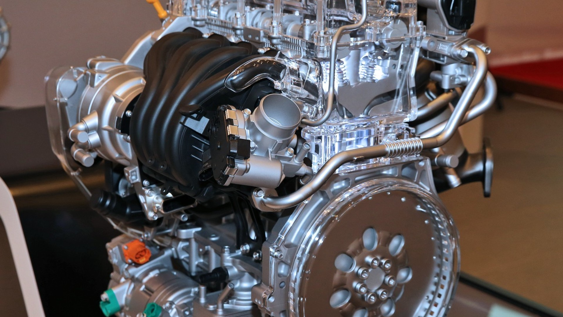 Hyundai Reveals Dedicated 1 6 Liter Gdi Engine For Its Prius Rival Along With New 8 Sd Auto Box