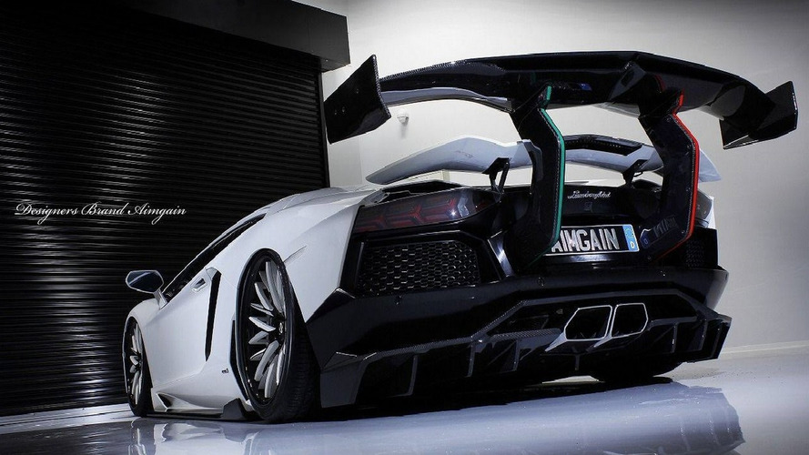 Tuner adds gigantic rear wing on Lamborghini Aventador
