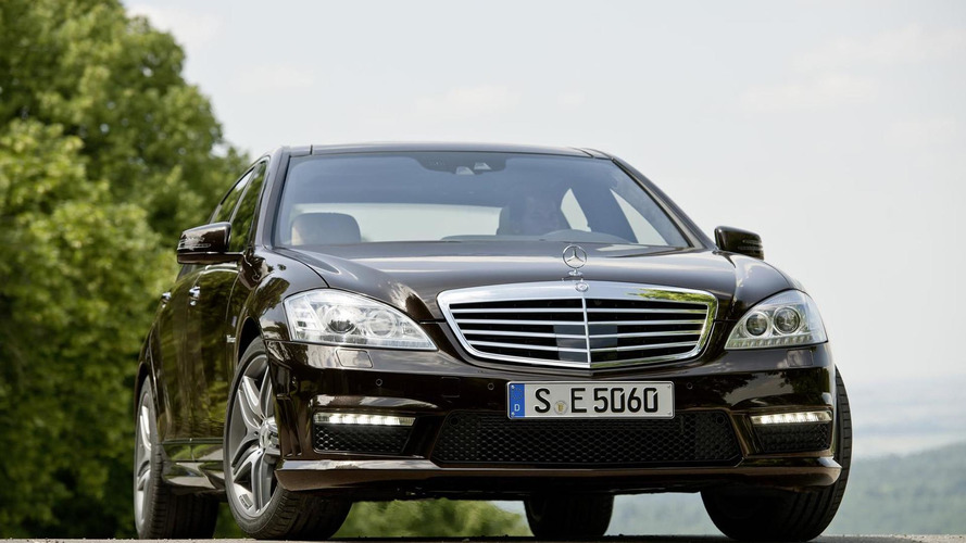 2011 Mercedes S63 AMG gets new 5.5 liter V8 biturbo engine - in detail
