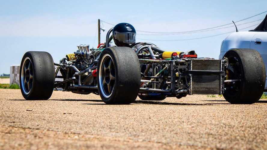 Взгляните на превращение Porsche Boxster в «винтажный» болид F1