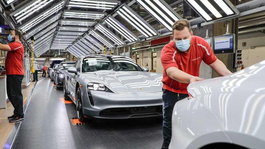 Environ 300 usines automobiles européennes ont rouvert leurs portes