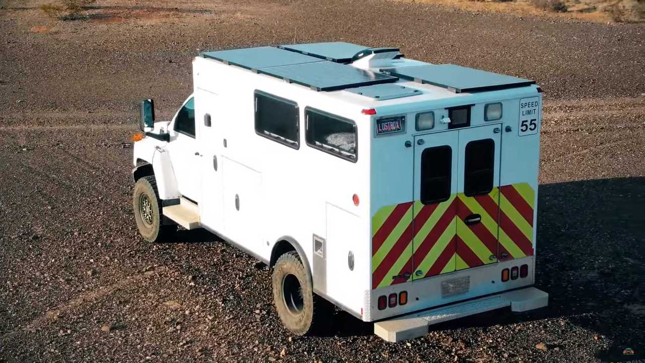 Chevrolet Medium Duty Ambulance