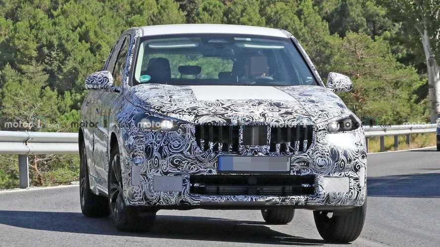 Neuer BMW X1 bei Test auf öffentlichen Straßen erwischt