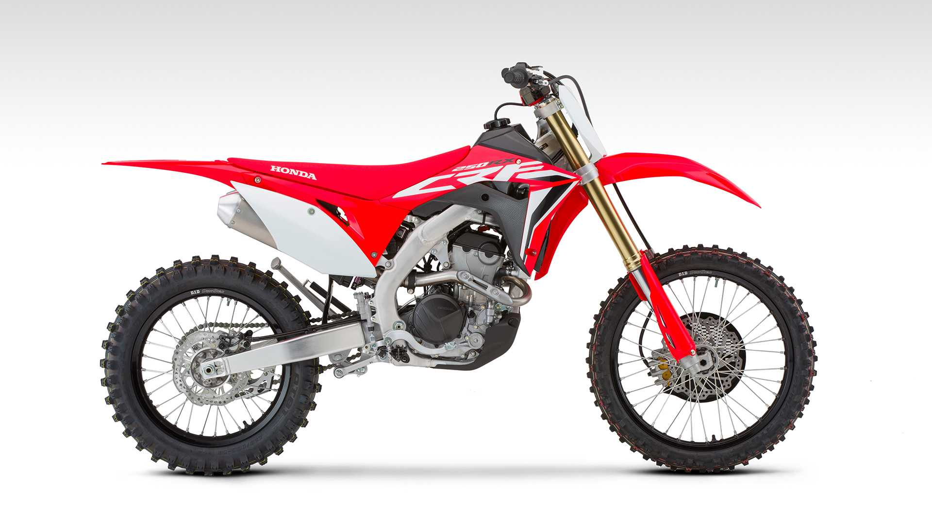 the 2021 honda crf dirt bike lineup is up and ready to roll