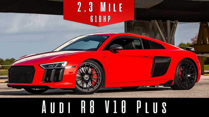 2017 Audi R8 V10 Plus Demolishes Top Speed Test