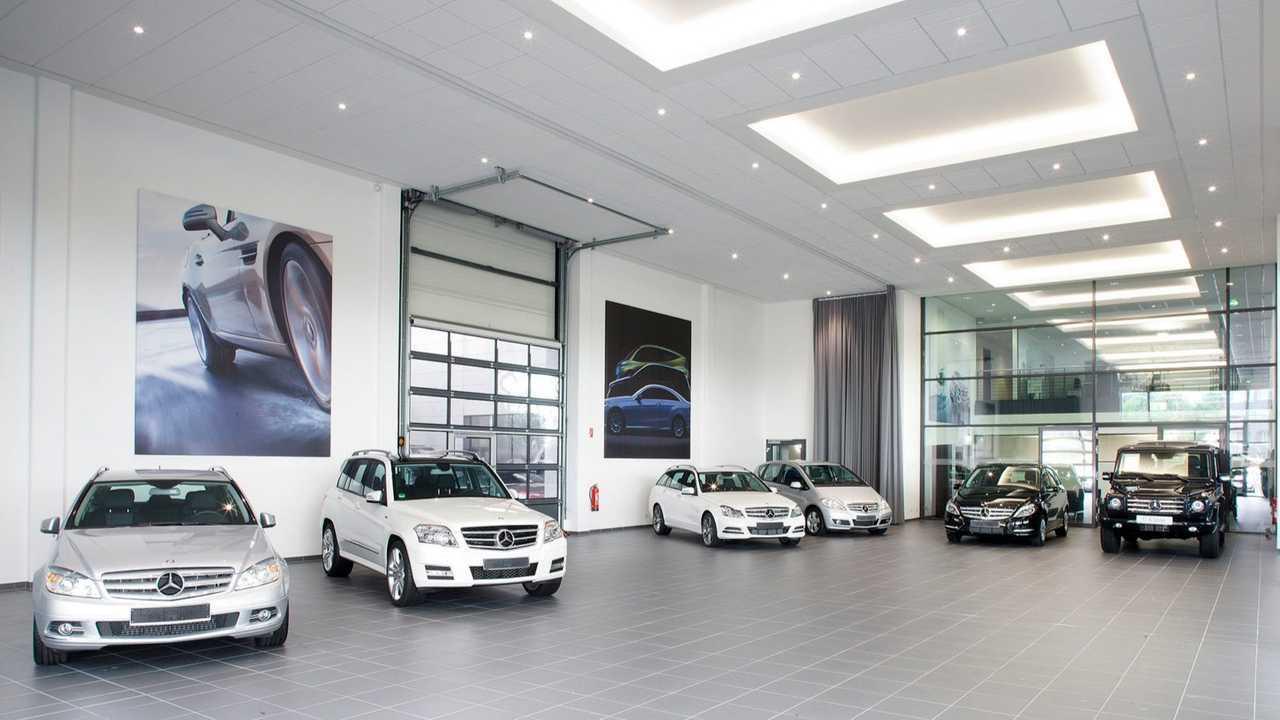 Concessionari auto al Governo: più incentivi, via l'Ecotassa e IVA detraibile