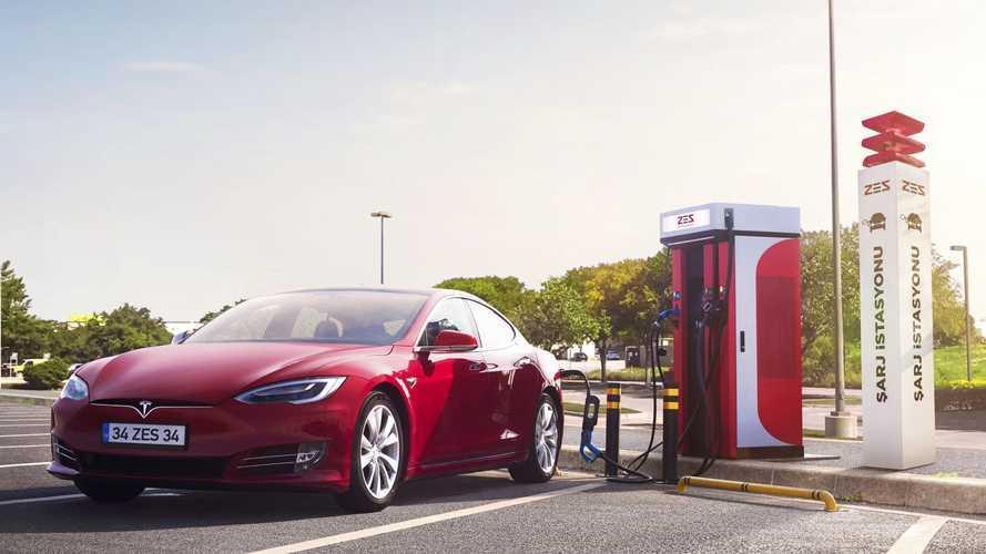 ZES'ten elektrikli araçlara 100 yeni şarj istasyonu