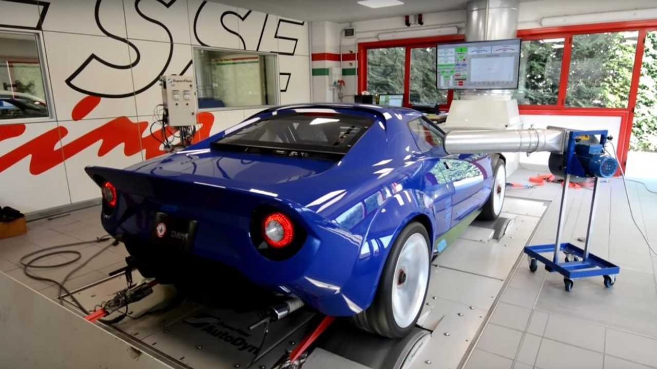Listen to the 550bhp New Lancia Stratos on a dyno