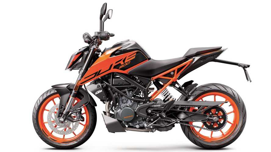 Is The KTM 200 Duke Just The Right Beginner Bike?