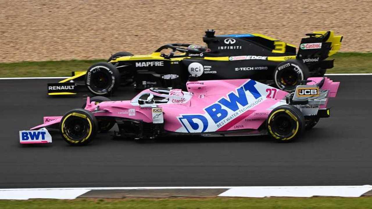 Nico Hulkenberg, Racing Point RP20, alongside Daniel Ricciardo, Renault F1 Team R.S.20