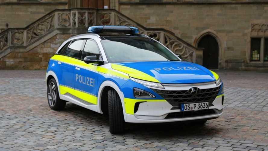Hyundai Kona Electric e Nexo, auto della polizia in giro per l'Europa