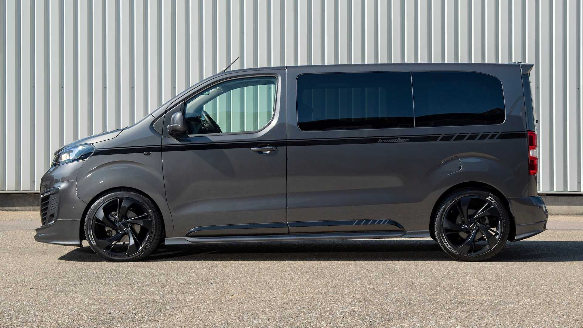 2016 - [Citroën/Peugeot/Toyota] SpaceTourer/Traveller/ProAce - Page 40 Irmscher-is3-black-phantom-based-on-opel-zafira
