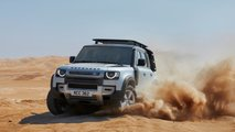 land rover defender v8 on tests