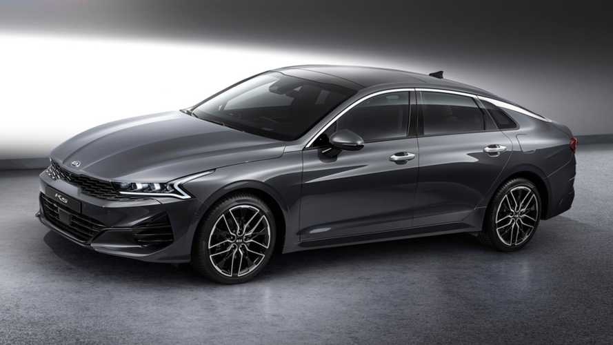 2021 Kia Optima Shows Its Sleek Body In Fully Revealing Images