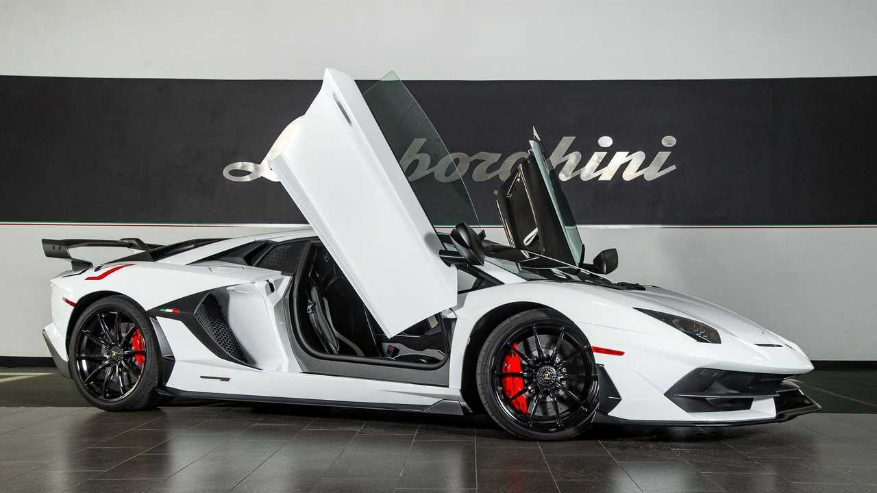 Break Necks With A 2019 Lamborghini Aventador SVJ