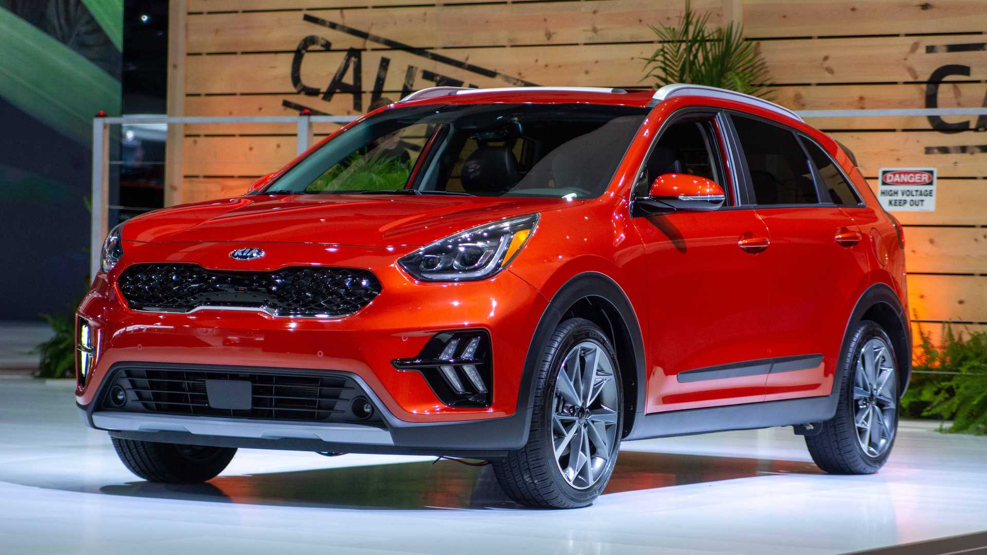 2020 Kia Niro Arrives With Fresh Face And Bigger Screens Inside