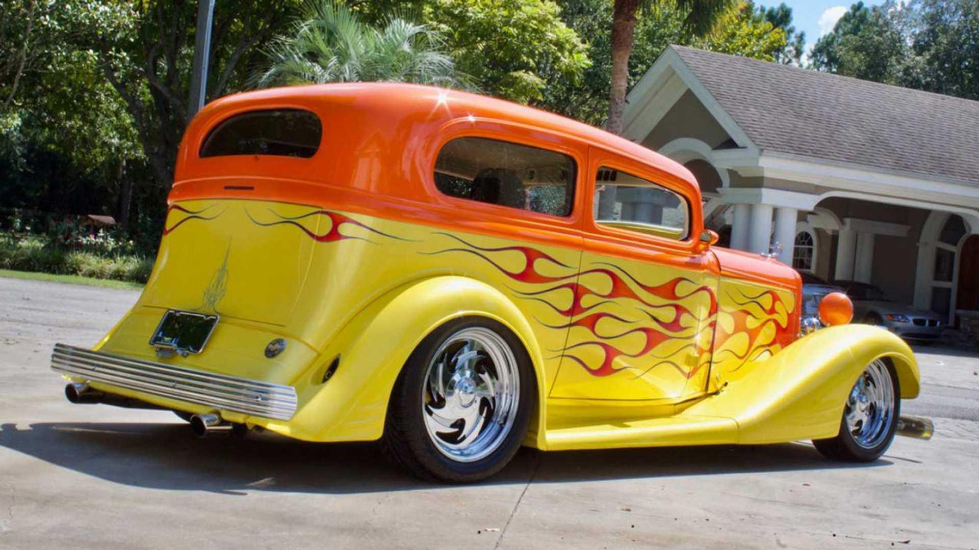 "[""Matched Pair: '47 Dodge Hauler, '33 Pontiac Hot Rod Up For Grabs""]"