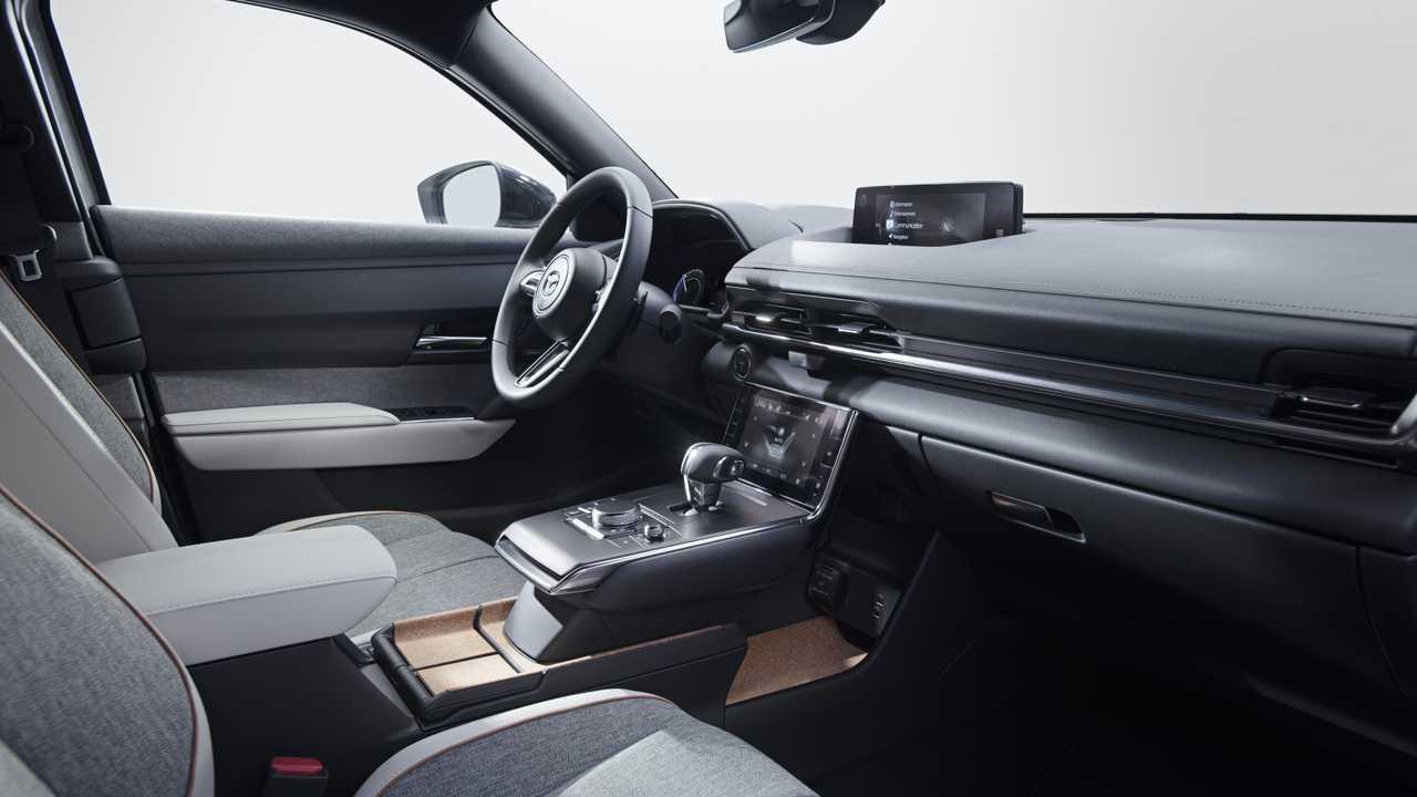 Kelebihan Kekurangan Mazda M Harga
