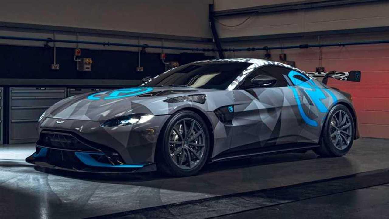 Aston Martin Vantage Cup by R-Motorsport
