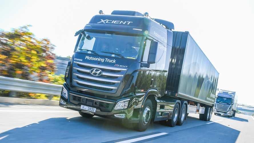 Hyundai testa, in Corea, il platooning fra camion