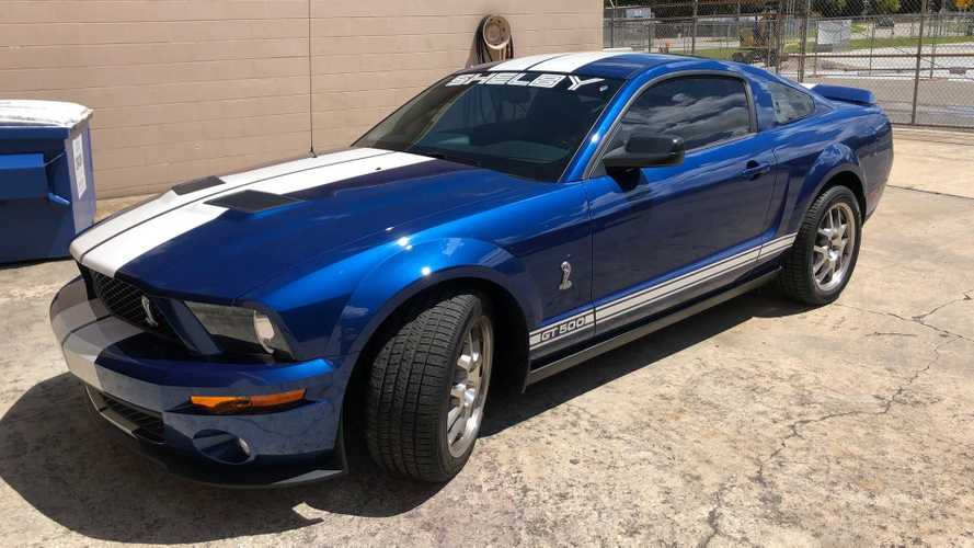 Time Capsule 2007 Shelby GT500 Hammers For $32K