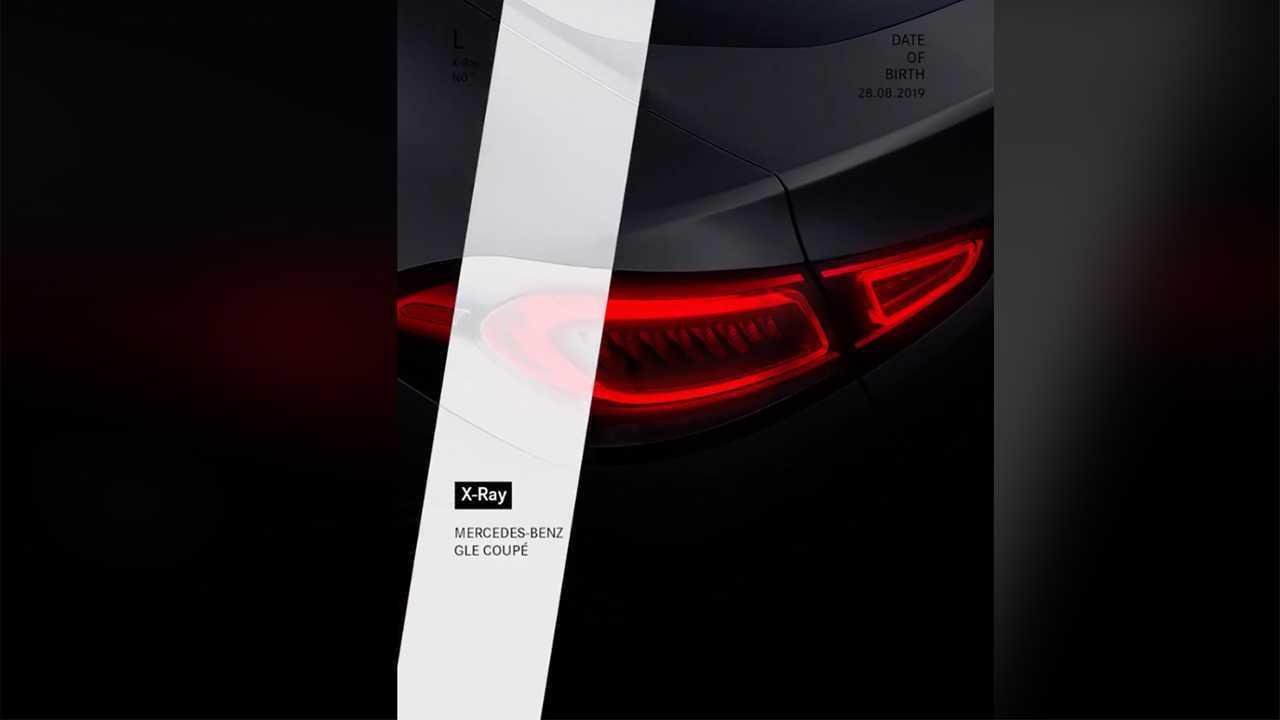Mercedes-Benz GLE Coupe Teaser