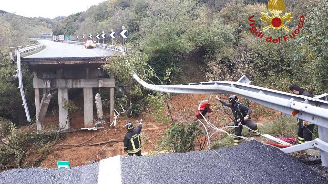 Crollo autostrada A6 Torino-Savona
