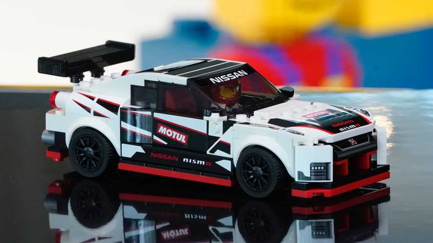Lego Nissan GT-R Nismo Looks Like One Fast Brick