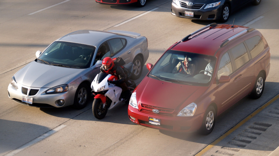California becomes first state to legalize motorcycle lane splitting