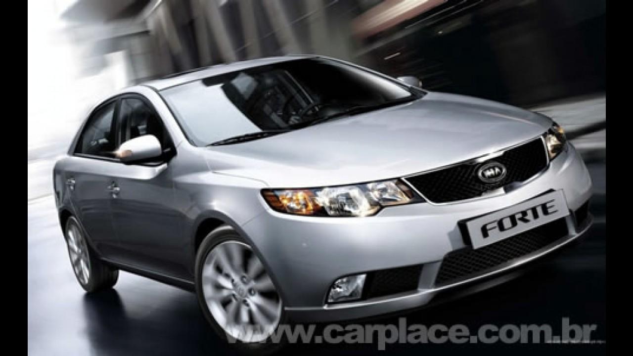 Kia Forte será vendido no Brasil - Novo sedan estará no Salão de São Paulo