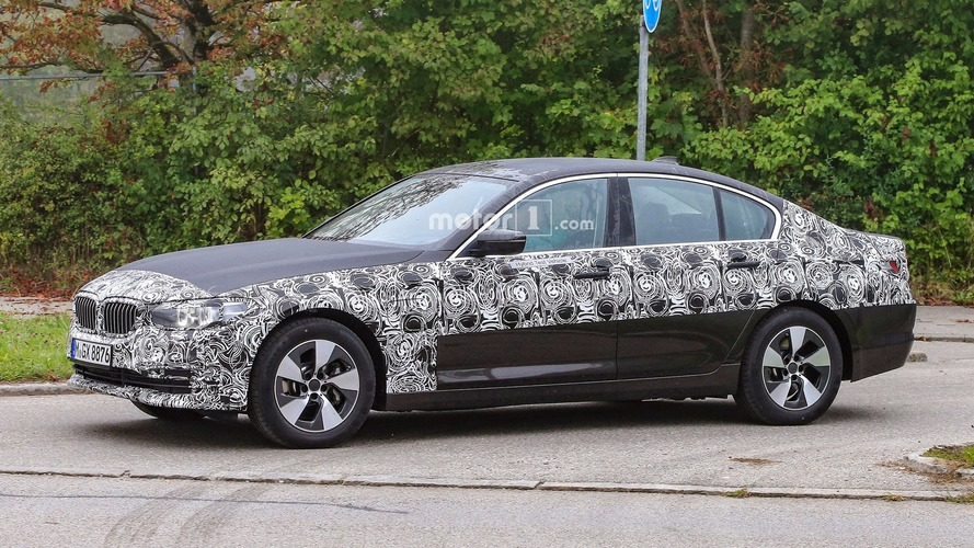 New BMW 5 Series Sedan and Touring drop more camo