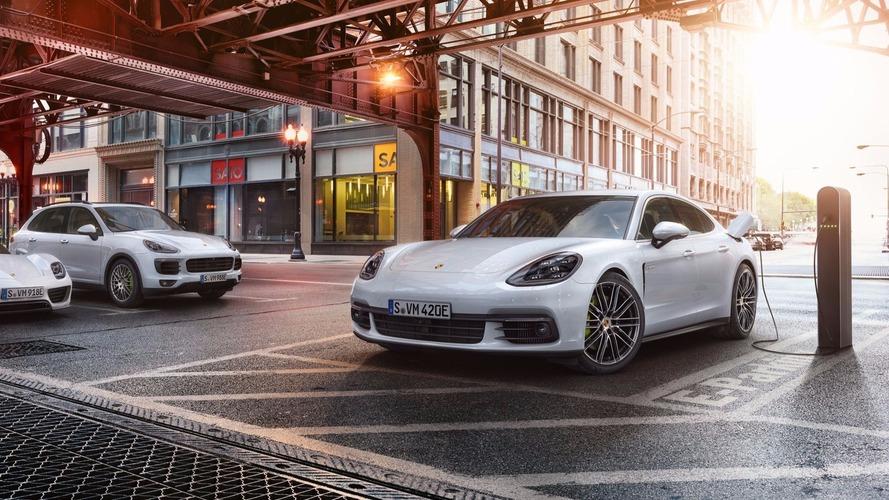 La nouvelle Porsche Panamera passe à l'hybride