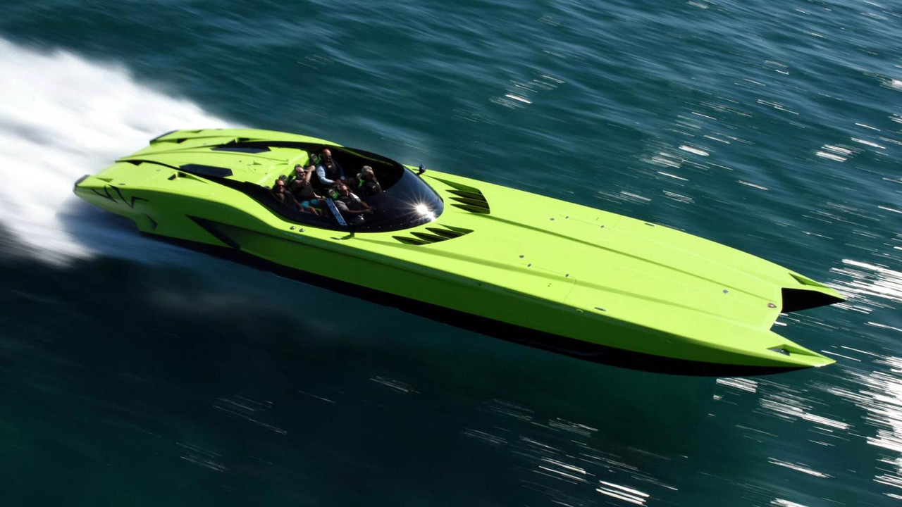 Lamborghini Aventador SV Speedboat