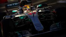 Nuevo reposacabezas Mercedes F1