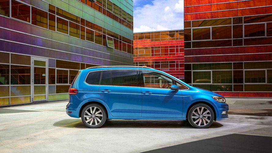 2017 volkswagen touran review. Black Bedroom Furniture Sets. Home Design Ideas