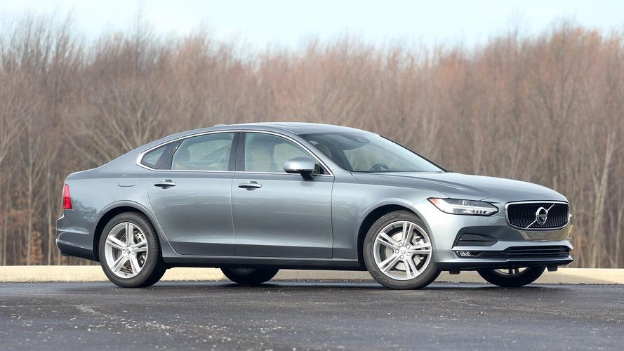 Volvo отзывает в России модели S90 и XC60