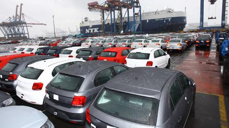 Brasil e México passam a ter livre-comércio de veículos e peças