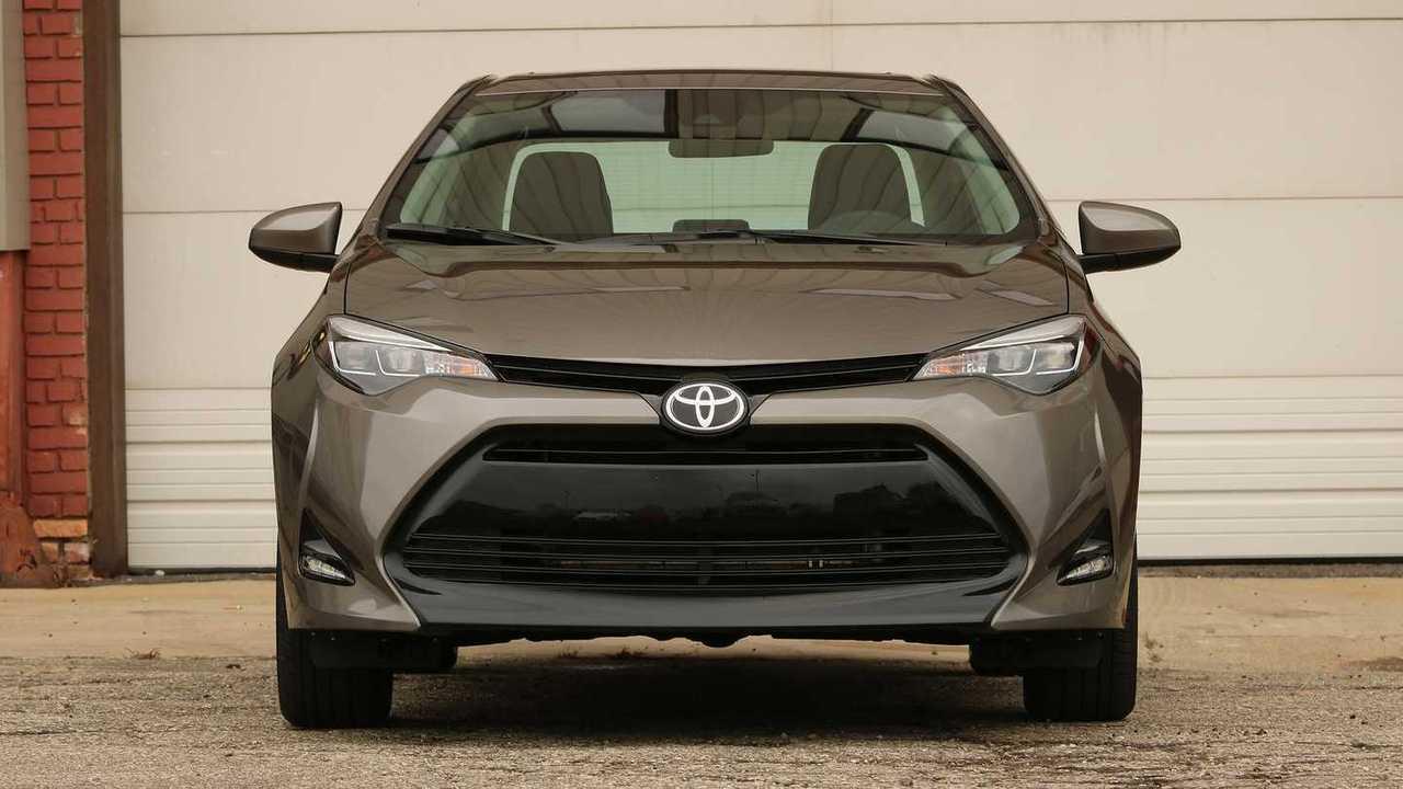 Toyota Corolla Front 2017