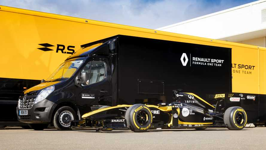 Can a Renault F1 car fit in a van?