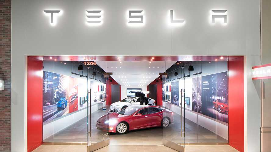 Tesla Showroom In Berlin Vandalized By Unknown People