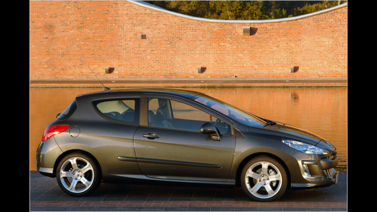 Peugeot 308 HDi FAP 135 Sport 3-türig