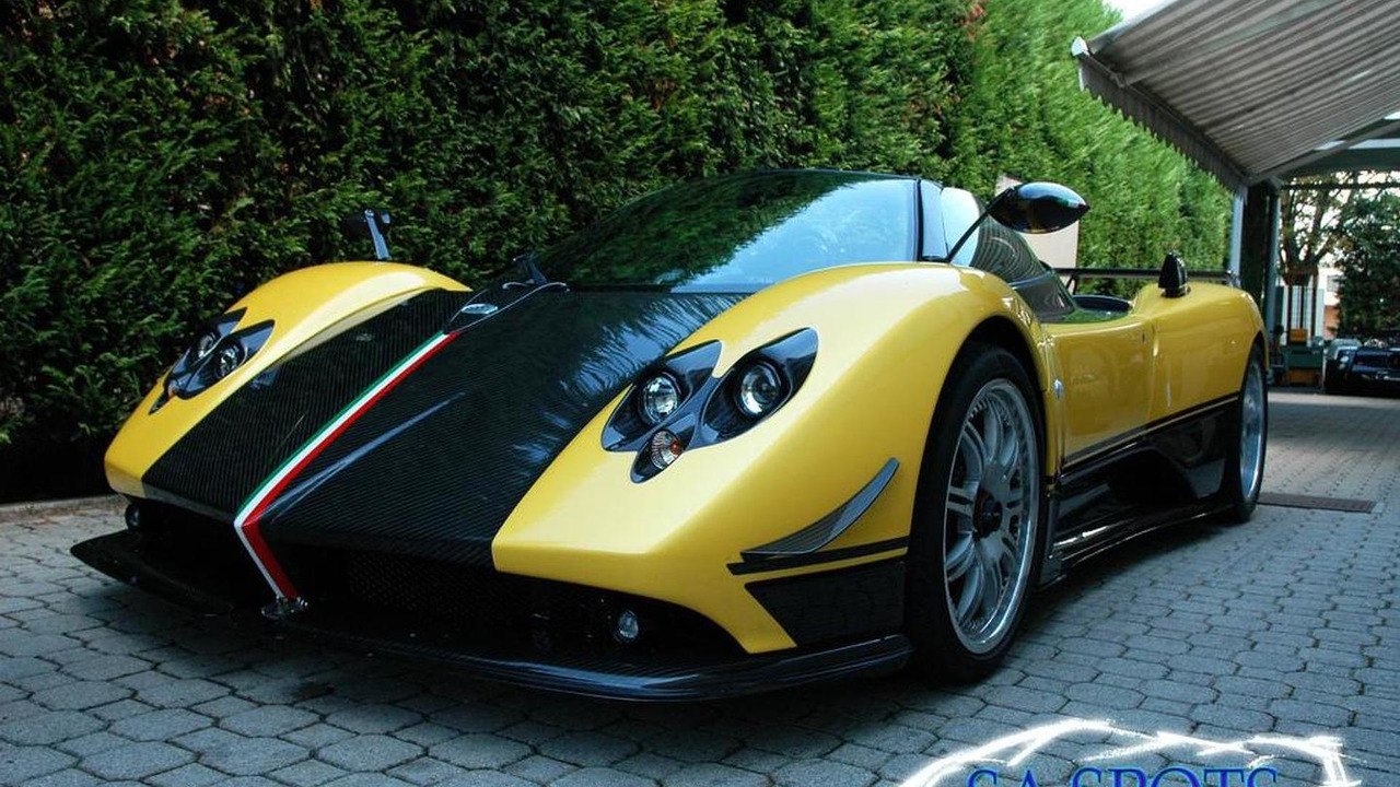 Pagani Zonda HH rendered plus Cinque Roadster 4/5 video