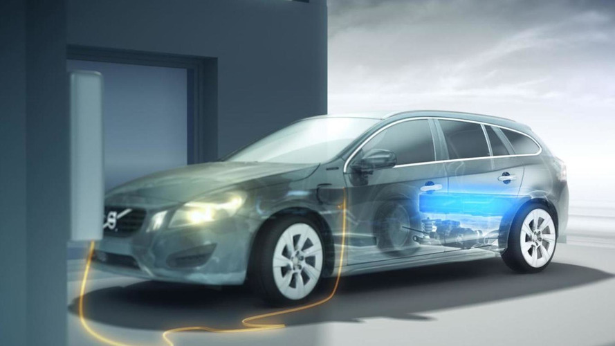 2012 Volvo V60 Plug-in Hybrid details revealed [video]
