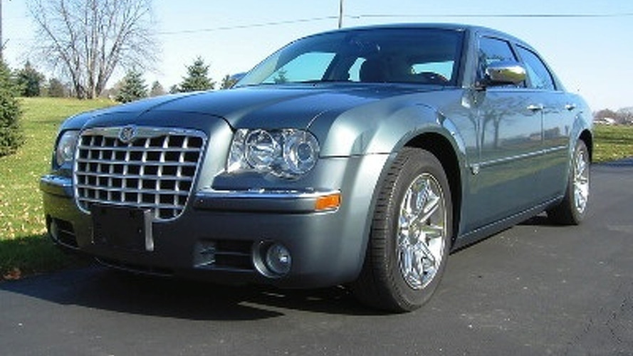 Barack Obama's 2005 Chrsyler 300C set to Fetch $100,000 on eBay
